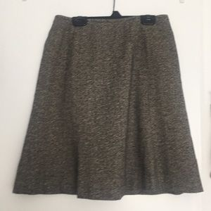 Signature LOFT houndstooth skirt